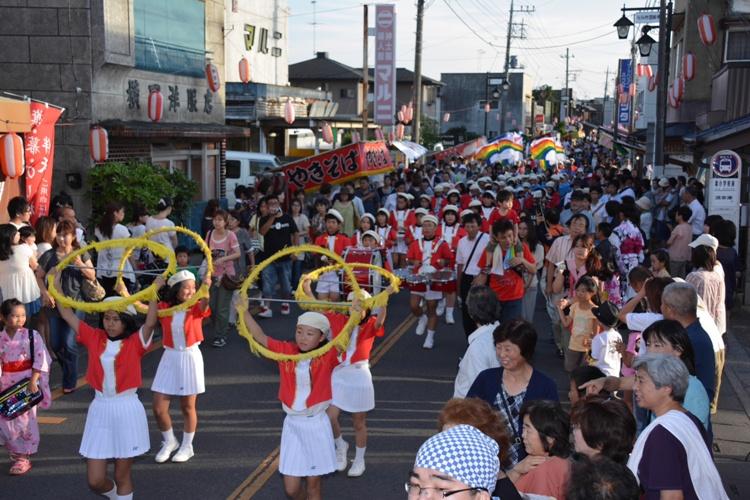 『パレード』の画像