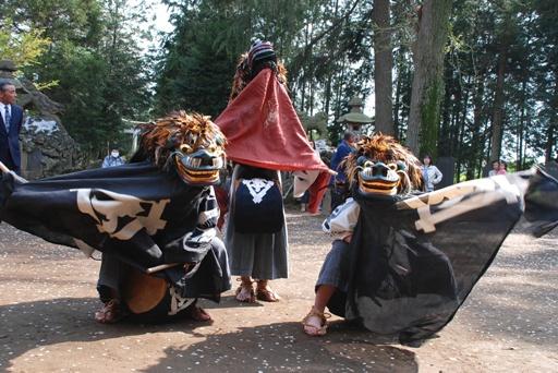 『塚崎の獅子舞01』の画像