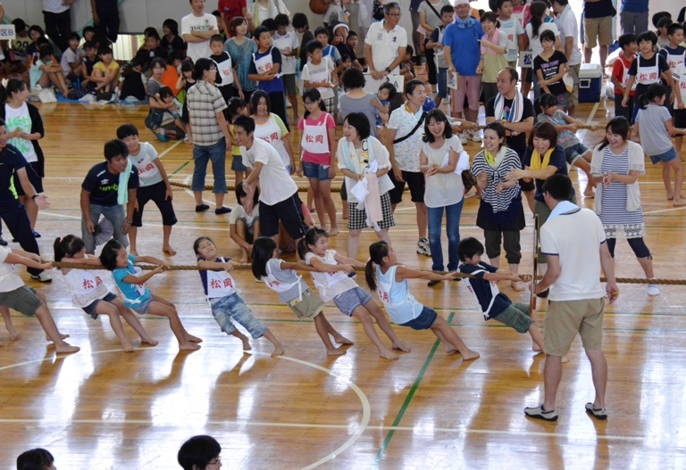 『第32回少年スポーツ大会(綱引き)02』の画像