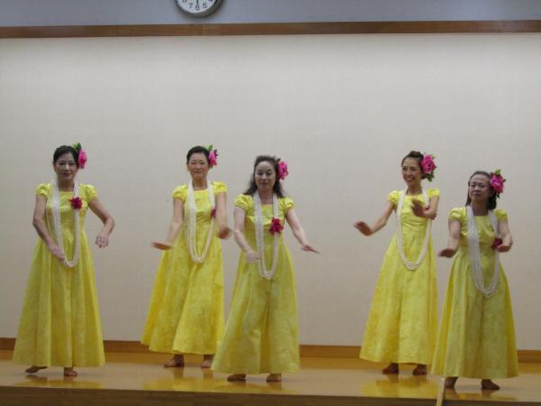 『町民祭文化展オープニングセレモニー(フラダンスB部)』の画像
