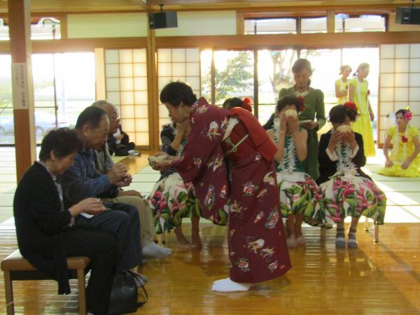 『町民祭文化展オープニングセレモニー(茶華道部)』の画像
